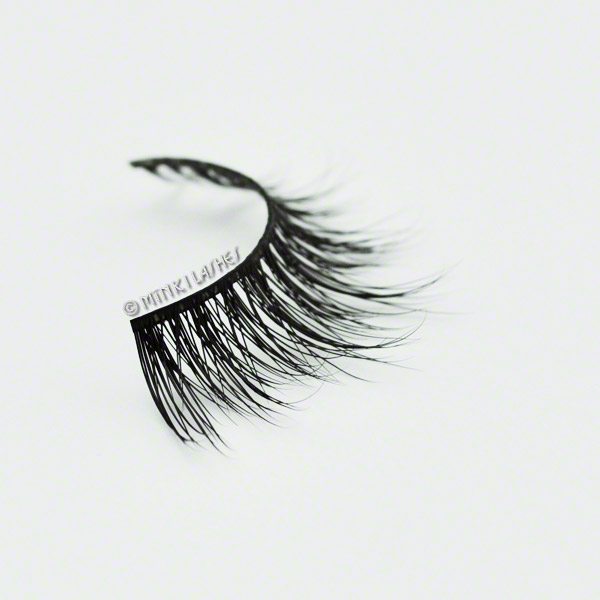 #RoyalFlirt lash side