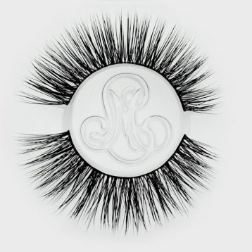 #ImpressTheEmpress - Dramatic Eyelashes